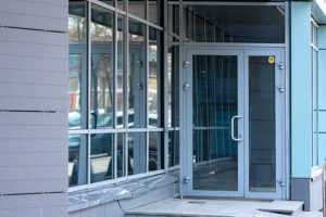 Двери из Алюминия в Орле на заказ