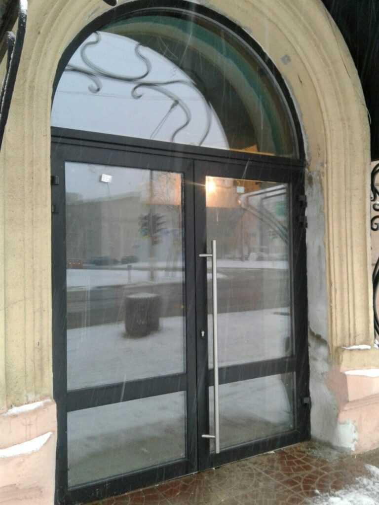 Теплые алюминиевые двери в Орле