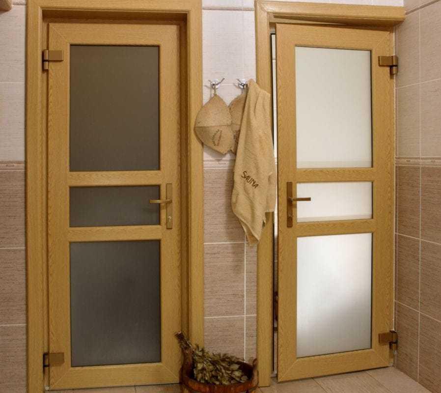 Дверь пвх в баню