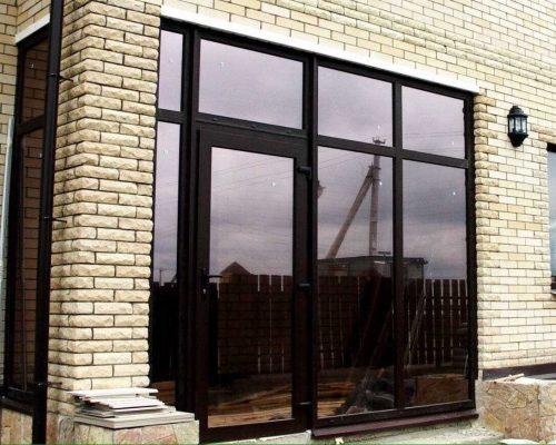 Алюминиевые двери в Орле